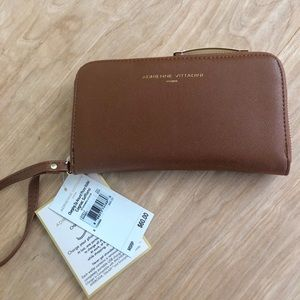 Cell Phone Charging Wallet